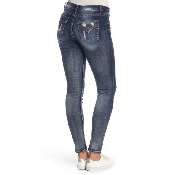 Miss Me Denim - Miss Me Lightly Distressed Easy Skinnies
